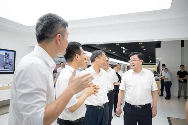 厦门市委书记胡昌升一行考察科达
